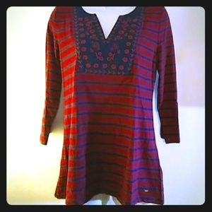 Tommy Hilfiger embroidered 3/4 sleeve top red blue